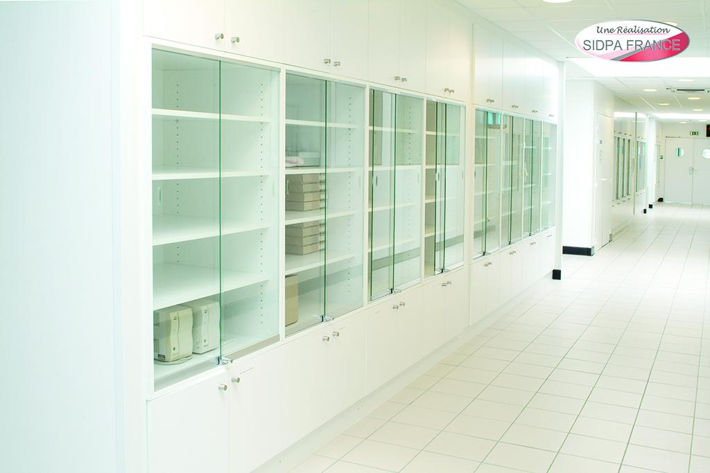 armoires et placards fourni labo. Black Bedroom Furniture Sets. Home Design Ideas